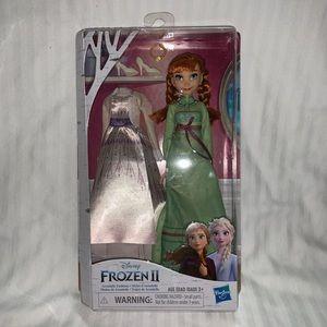 Disney Frozen 2 Arendelle Fashions Anna Doll